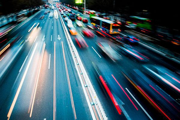Предприниматели в России считают городской дорожно-транспортный сектор наиболее актуальной проблемой