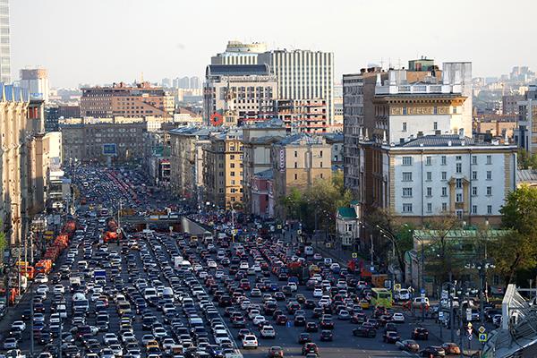 Российских предпринимателей больше всего волнуют дорожно-транспортные проблемы городов
